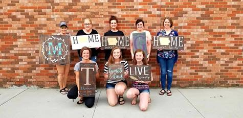 October 19, 2018:<br>Wood Sign Painting Class at the Winery